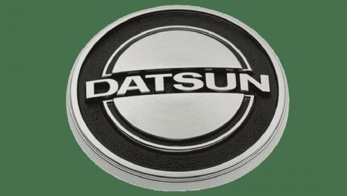 Datsun Emblema